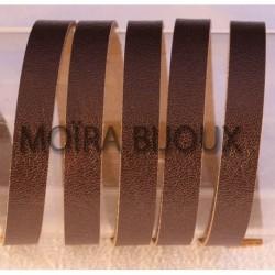 1 M cuir plat lisse  vachette chocolat 8mm largeur