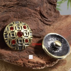 support bouton pression rond bronze médiéval et strass rouge 20mm