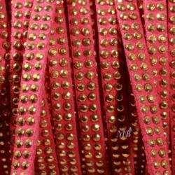1mètre de cordon suédine framboise  double clouté doré  largeur 6mm