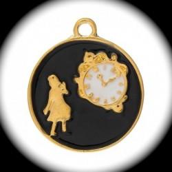 """1breloque médaillon  émaillé bordure doré Alice et l'horloge"""" fond noir  23mm"""