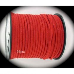 1mètre de cordon suédine plat rouge cerise diamètre 3x1,5m