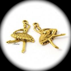 10 breloques danseuses ballerine métal doré en tutu 37x23mm
