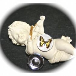 1bouton pression pour bracelet  chunk motif papillon jaune et noir sur fond blanc 18mm