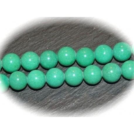 10 perles pierre jade vert meraude 8mm rondes. Black Bedroom Furniture Sets. Home Design Ideas
