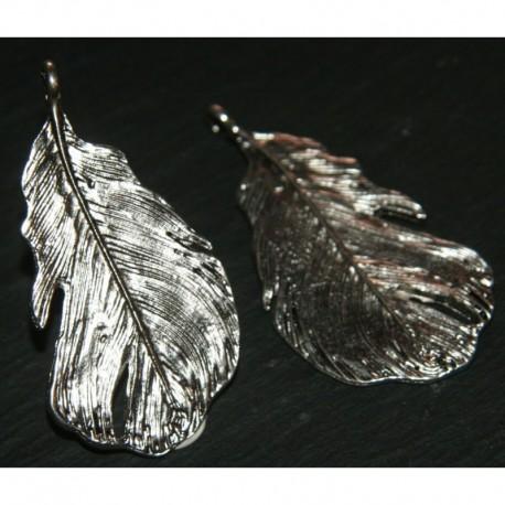2 breloques feuille GM métal argenté 50x24mm