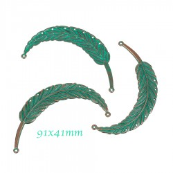 1breloque connecteur plumes patine vert de gris 91x41mm