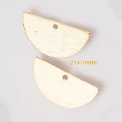 sequins x4  demi lune laiton plaque or strié 21x10mm
