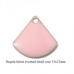 4 breloques sequin laiton éventail émail rose  13x12mm