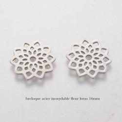 4 breloques fleur de  lotus acier inoxydable 16mm