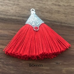 1 Pompon coton rouge   embout argenté 50mm