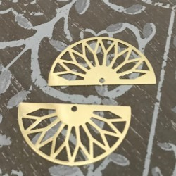 2 estampes laiton plaqué or demi lune 30x16mm